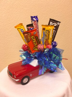 65-Mustang-Candy-Arrangement-Cheyenne-Wyoming