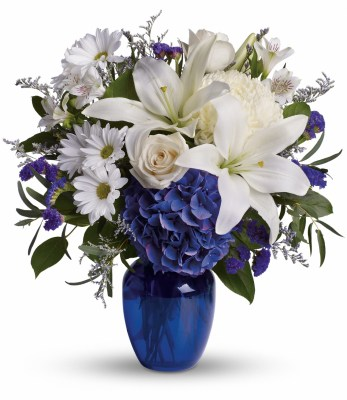 beautiful-in-blue-flower-arrangement-cheyenne-wy
